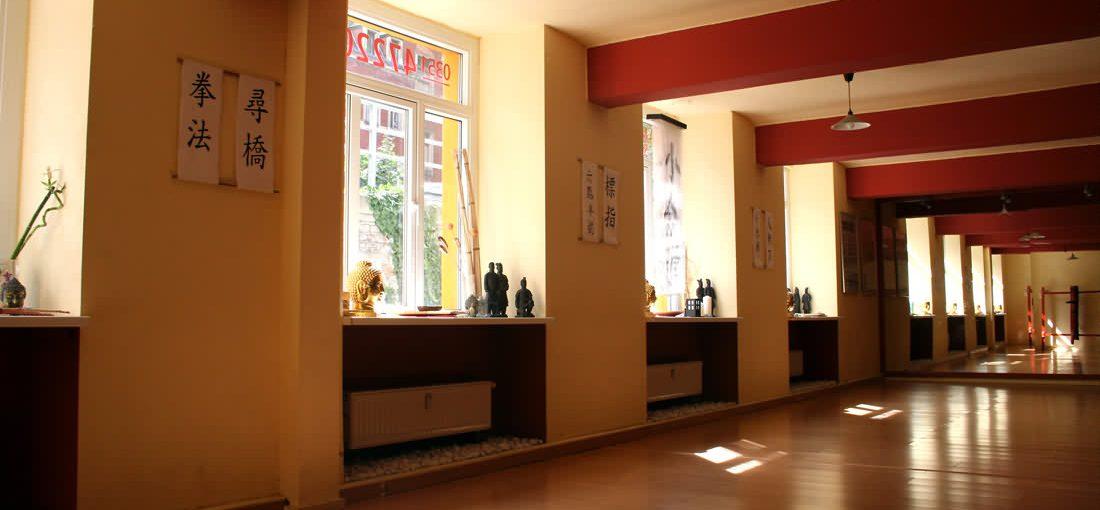 Öffnungszeiten Nug Mui Studio Dresden